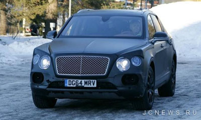 Bentley Bentayga замечен почти без камуфляжа
